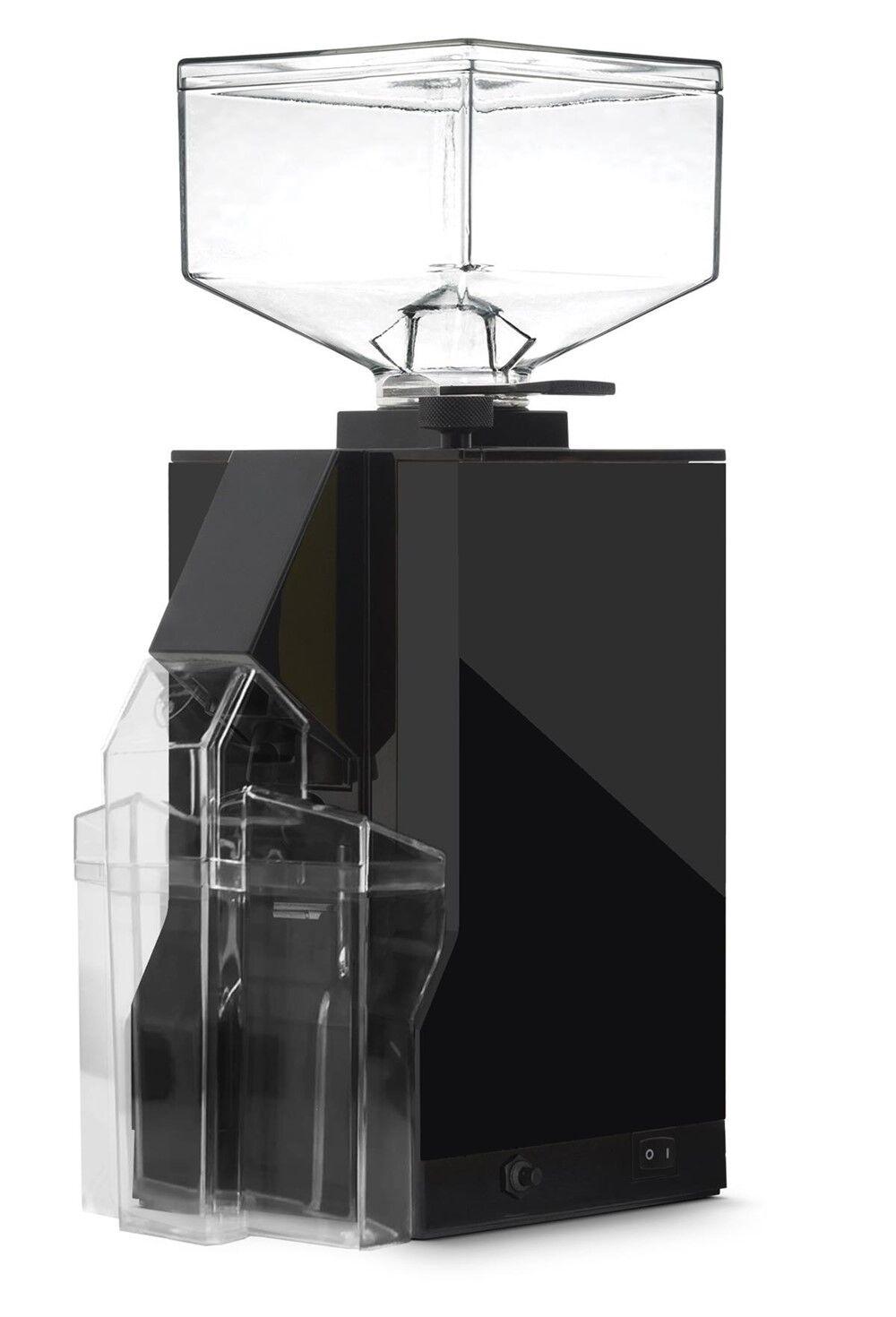 Eureka Filtro 15 BL melnā kafijas dzirnaviņas - izstādes dalībnieks
